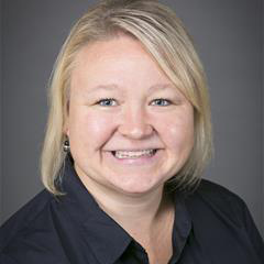 Tami Peterson headshot