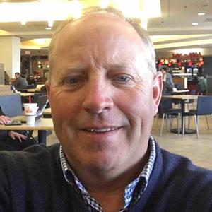 Steve Schlangen head shot